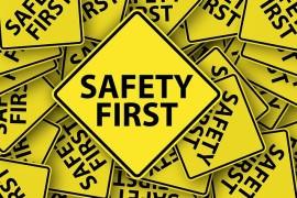 bezpieczenstwo-napis-zolty