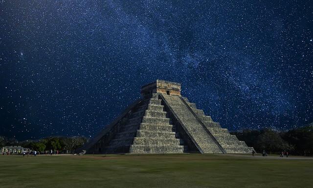 Piramida Chichen Itza w Peru
