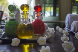 Buteleczki z olejkami eterycznymi