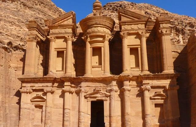 Ruina miasta Petra w Jordanii