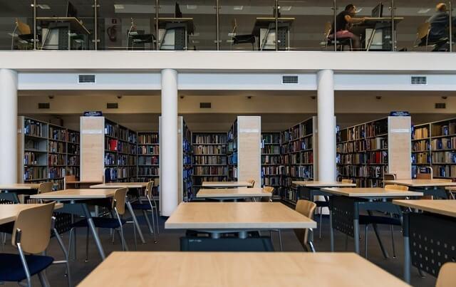 Czytelnia biblioteczna