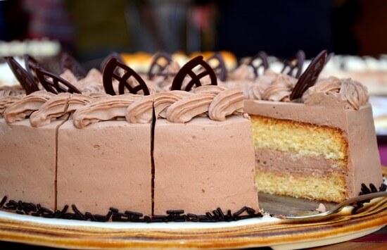 tort urodziny