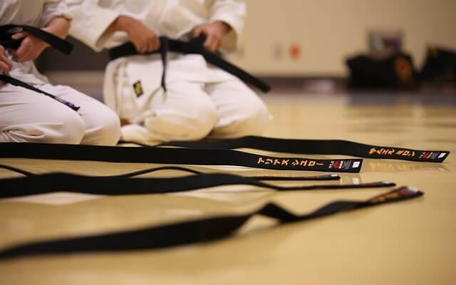 Czarne pasy karate