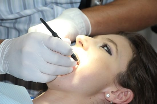 Korekta dentystyczna