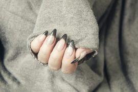 Długie zadbane paznokcie żelowe