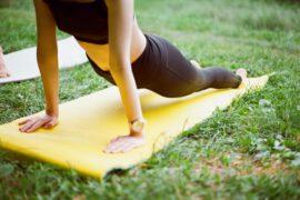 Yoga na świeżym powietrzu